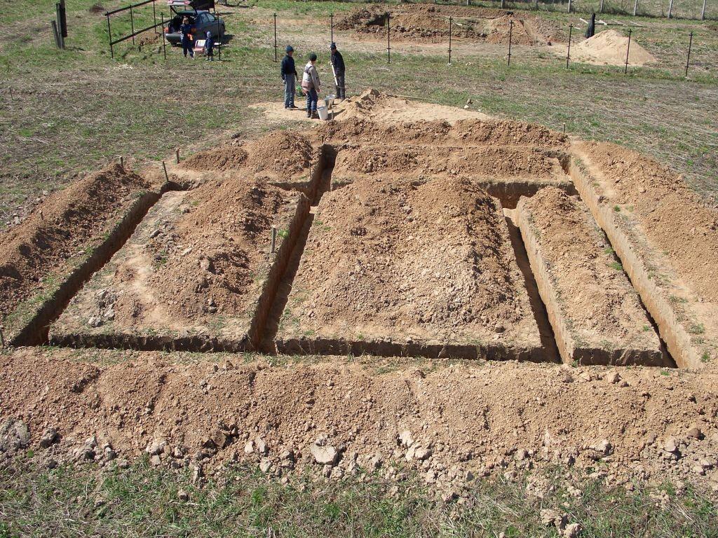 фундамент под дом с подвалом схема